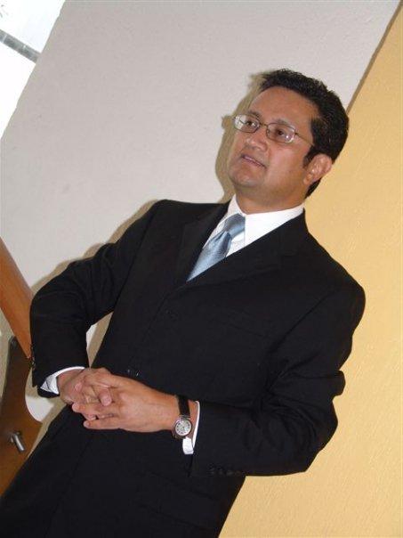 1.- Juan Bernardo Dolores González